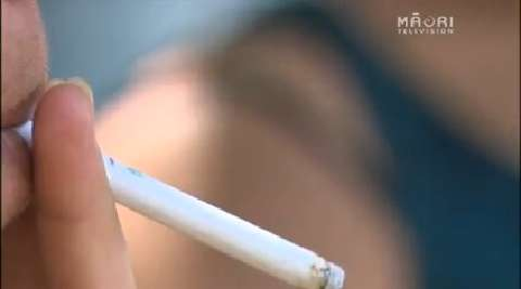 Video for Food vouchers offered to give up smoking