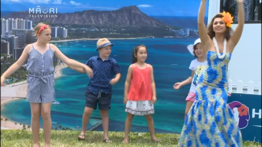 Video for Horses, Hawaiians and holiday races