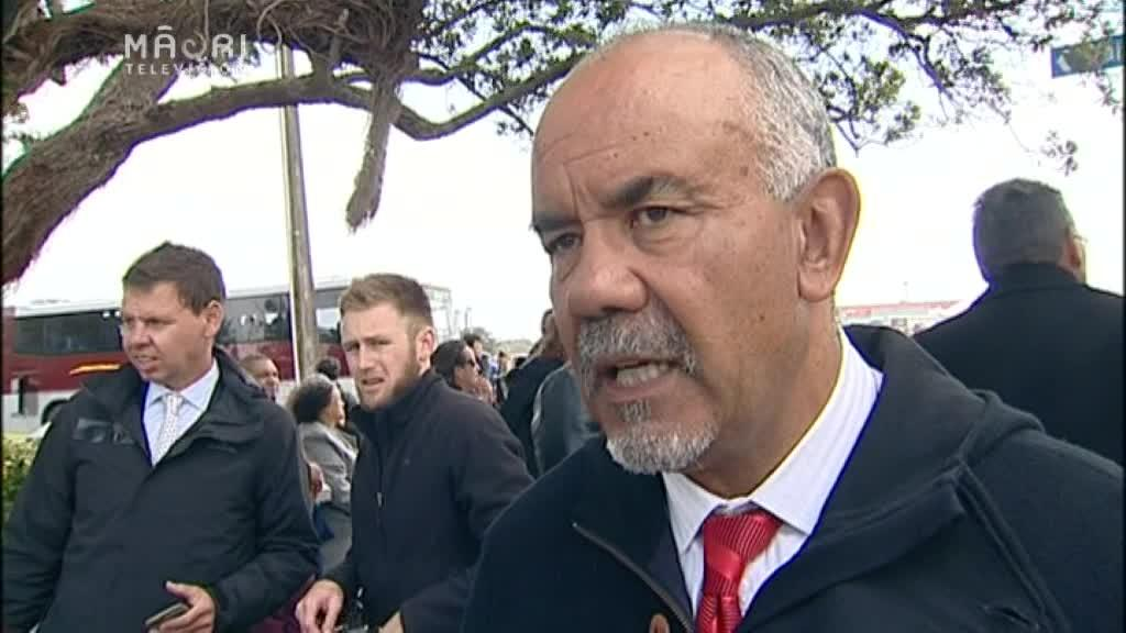 Video for First of political leaders welcomed on to Rātana