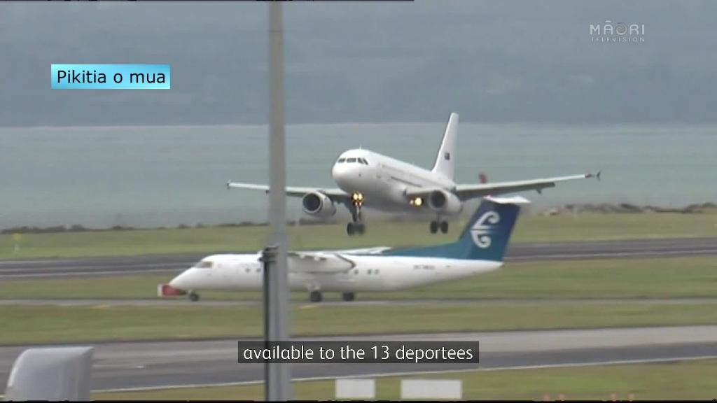 Video for Kiwi detainees deported from Australia
