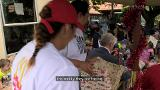 Video for Secret Santa David Tua & Mayor Phil Goff back special South Akl present drop