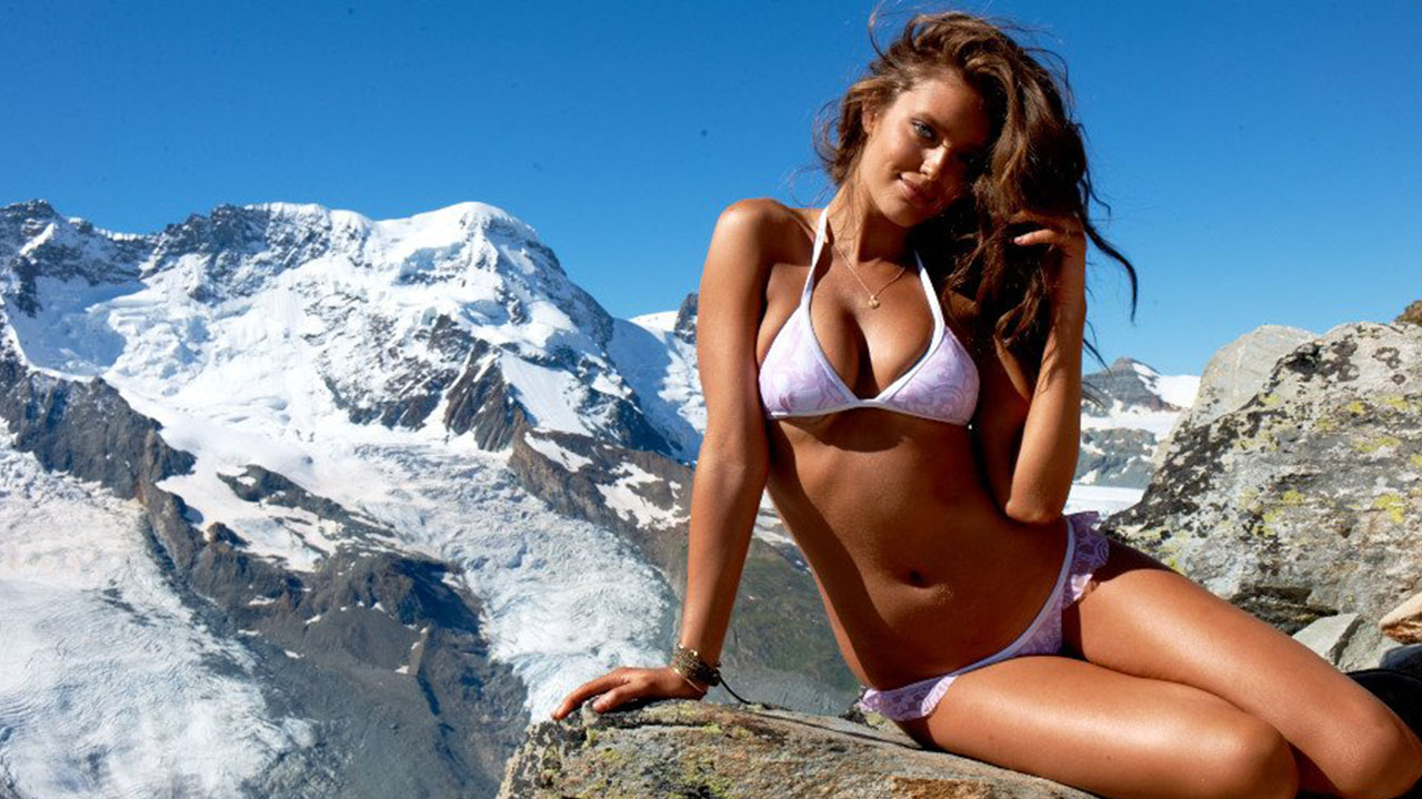 One-on-one with SI Swimsuit model Emily DiDonato