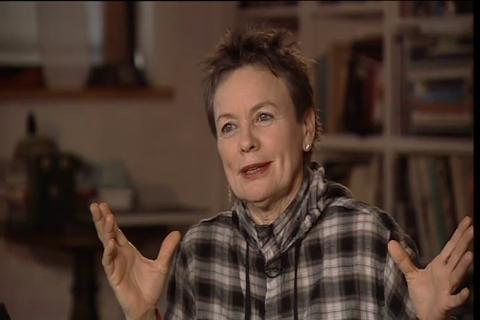 Vivid LIVE: Interview with Lou Reed and Laurie Anderson - 2:16