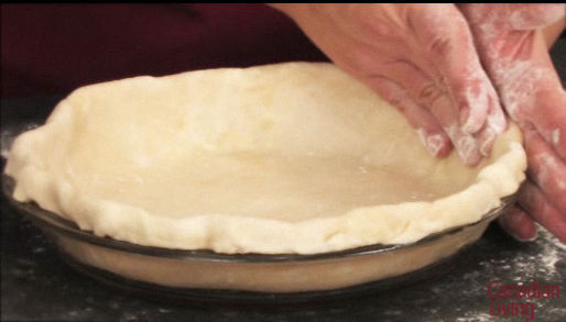 Perfectly fluted single crust pie shell