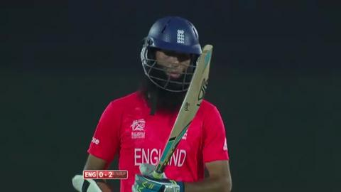 M22: ENG v SL - Moeen Ali Wicket