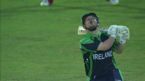 M3: ZIM v IRE - Paul Stirling wicket