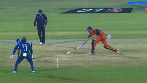 M19: SL v NED - Netherlands innings Wickets