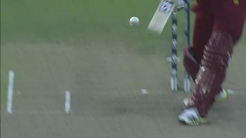 M23:  AUS v WI - Dwayne Smith Wicket