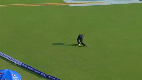 Warm up : NZ v Pak - Munro Wicket