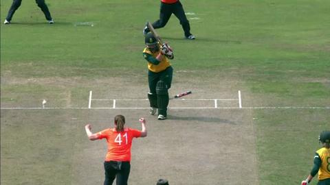 SF2: England Women v South Africa women-Lizelle Lee Wicket