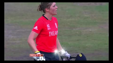 Final: Australia Women v England Women  - Heather Knight Wicket