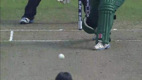 SF2: England Women v South Africa women-Mignon du Preez Wicket