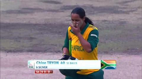 SF2: England Women v South Africa women-Chloe Tryon Wicket