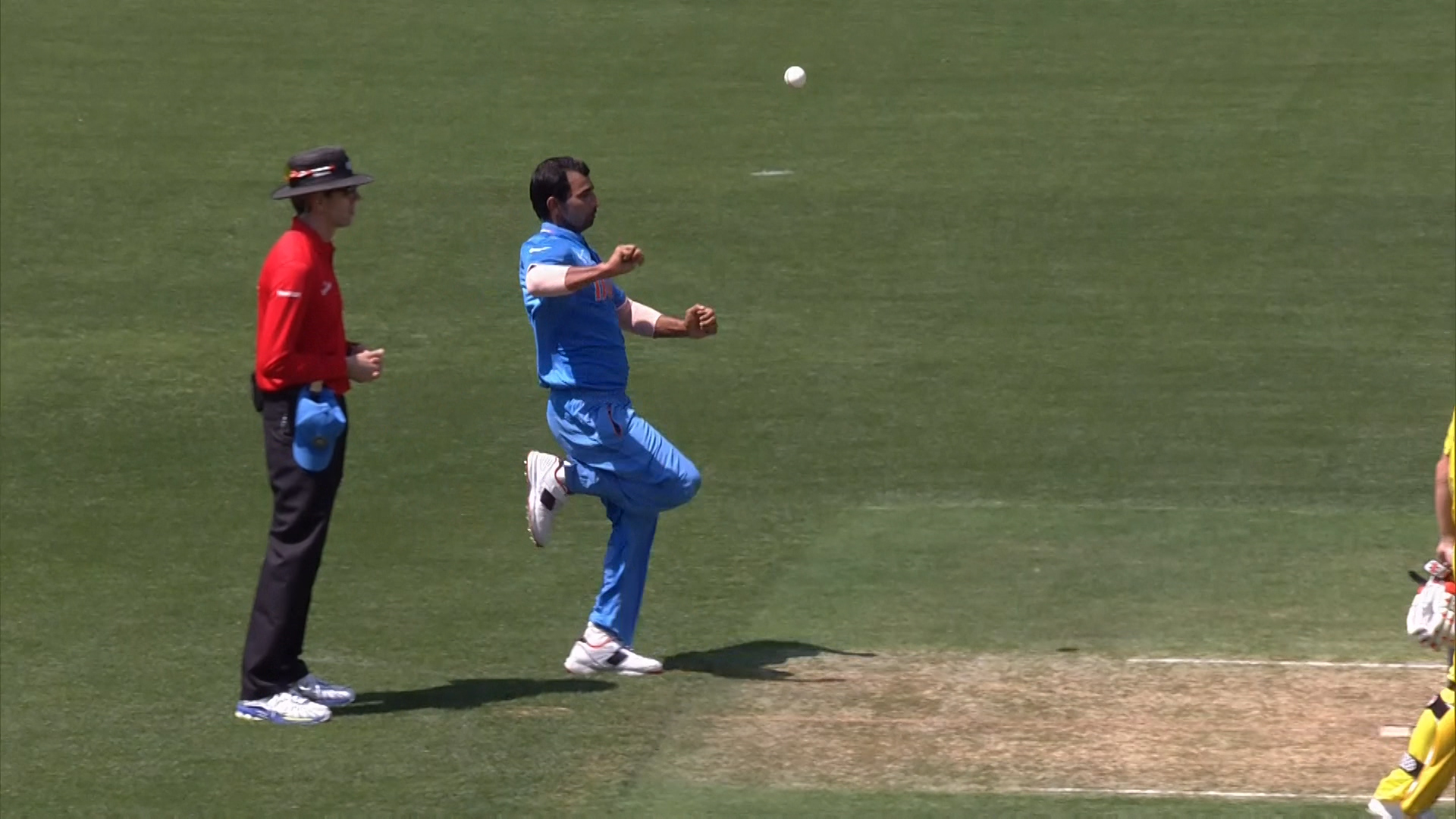 AUS vs IND – Mohammad Shami Dead Ball to Shane Watson!