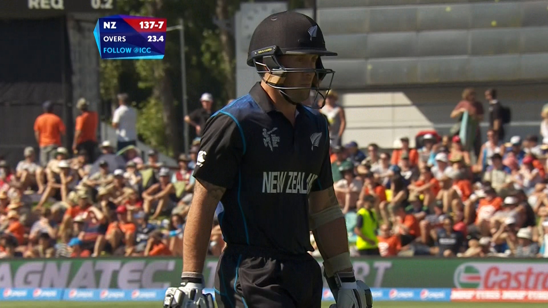 Luke Ronchi  wicket – NZ vs SCO