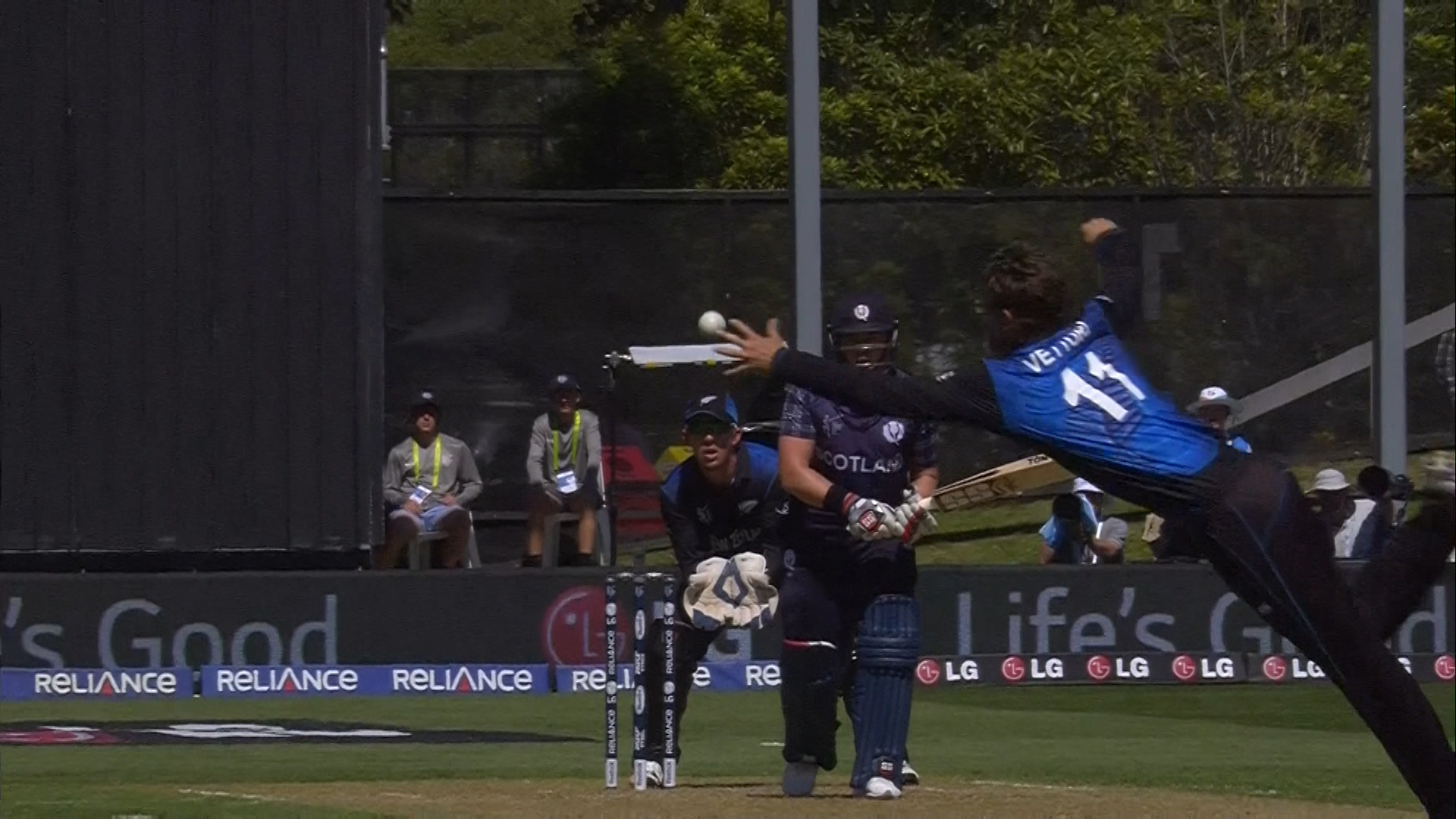 Veteran Vettori Flies through the air – NZ vs SCO