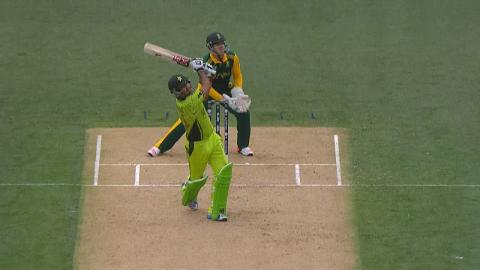 Sarfraz takes 21 off JP Duminy's over!