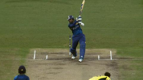 Dilshan smashes 24 off Mitchell Johnson over