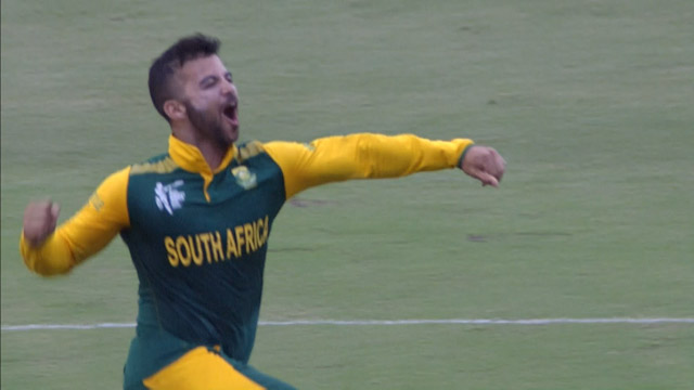 JP Duminy takes a Cricket World Cup Hat-Trick