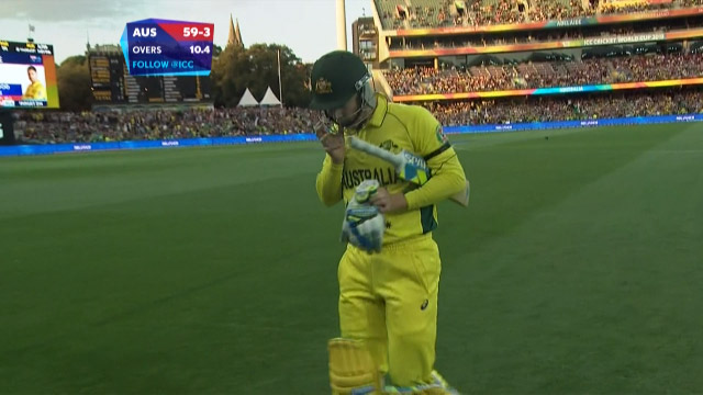 Michael Clarke Wicket – AUS vs PAK