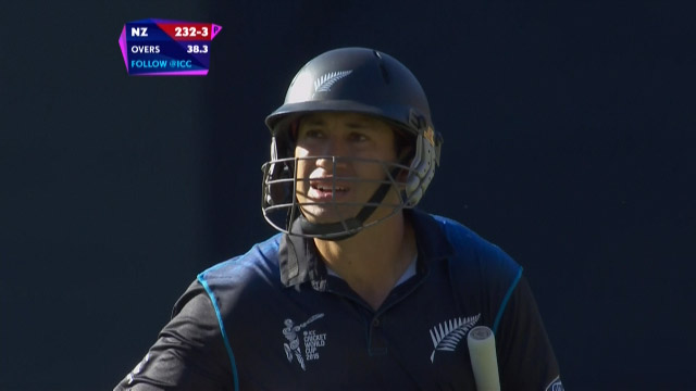 Ross Taylor Wicket – WI vs NZ