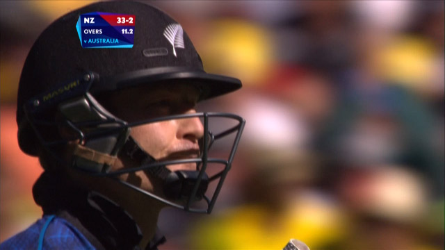 Martin Guptill Wicket – AUS vs NZ