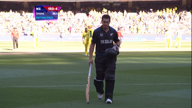 Ross Taylor Wicket – AUS vs NZ