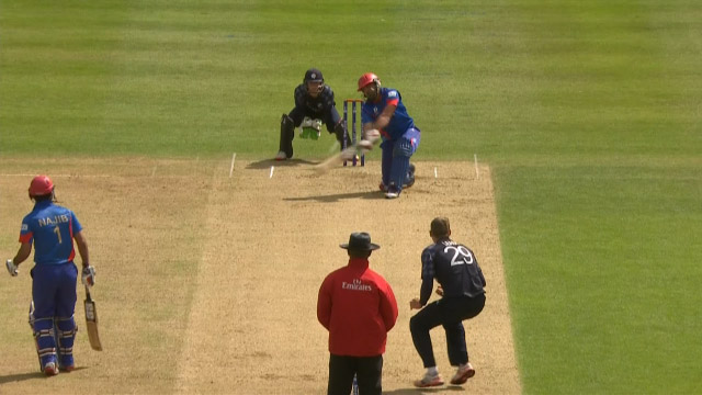 Shinwari slams biggest 6 of the tournament!