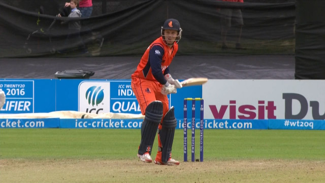 Netherlands innings wickets