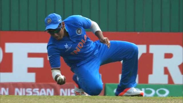 India double one handed catch! – IRE v IND