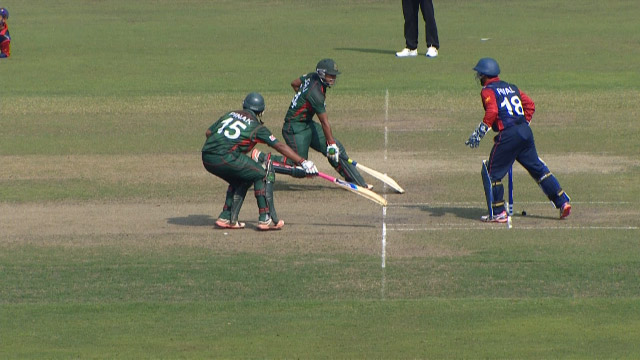 Disastrous run-out for Bangladesh