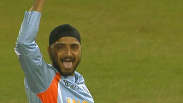 Bowl-out in group stages, India beat Pakistan 3-0