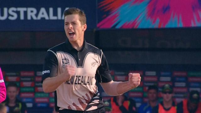 Santner's wonderball dismisses Smith