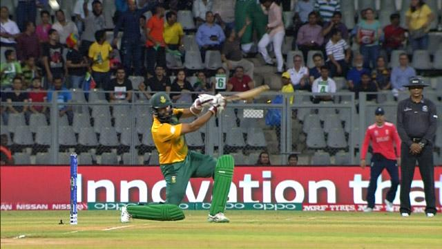 Amla smashes 22 off Jordan's over