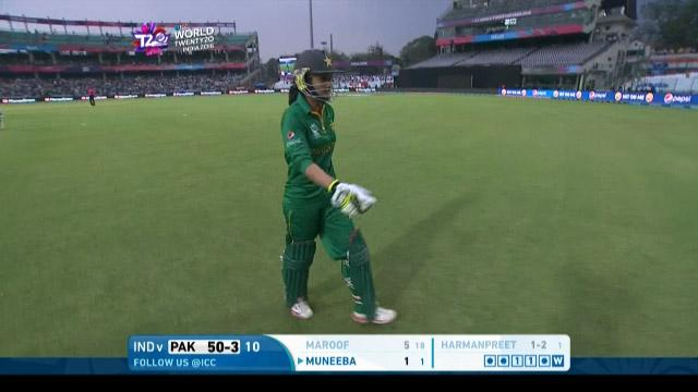 Pakistan wicket Losses v India Video ICC Womens WT20 2016