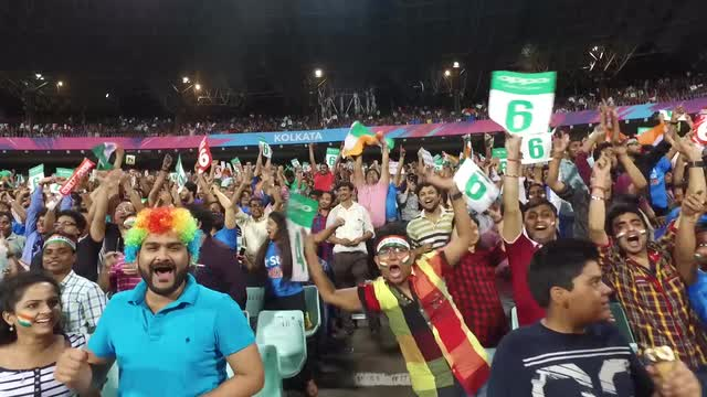 Kolkata Crowd for India v Pakistan