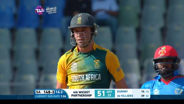 AB de Villiers smashes 29 off Rashid's over