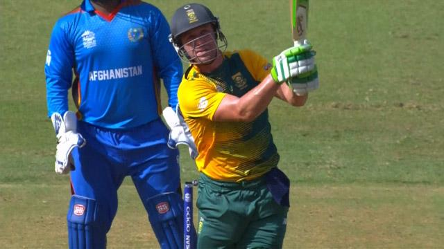 AB de Villiers smashes gigantic 96m Six