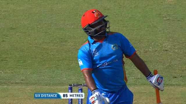Shahzad smashes 22 off the over