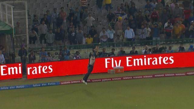 Anderson's brilliant catch ends Afridi's charge