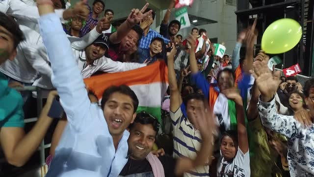 Amazing atmosphere in Nagpur for South Africa v West Indies