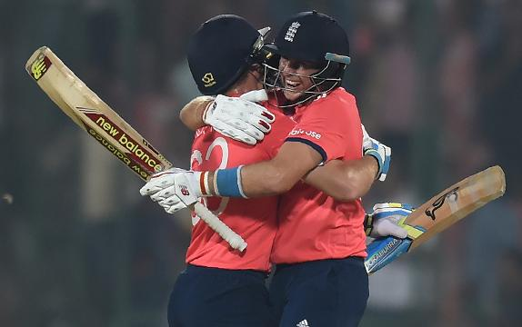 Jason Roy leads England march to the final 