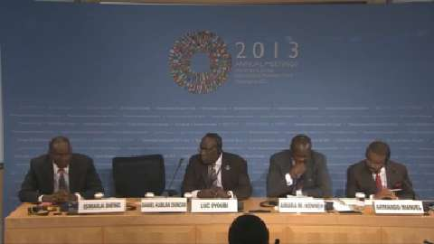 French: African Finance Ministers Press Conference