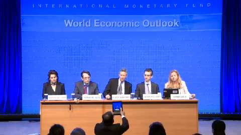 SPANISH: Press Briefing: World Economic Outlook