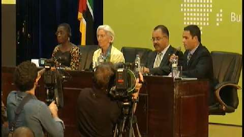 Portuguese: Closing Press Conference, Africa Rising Conference, Mozambique