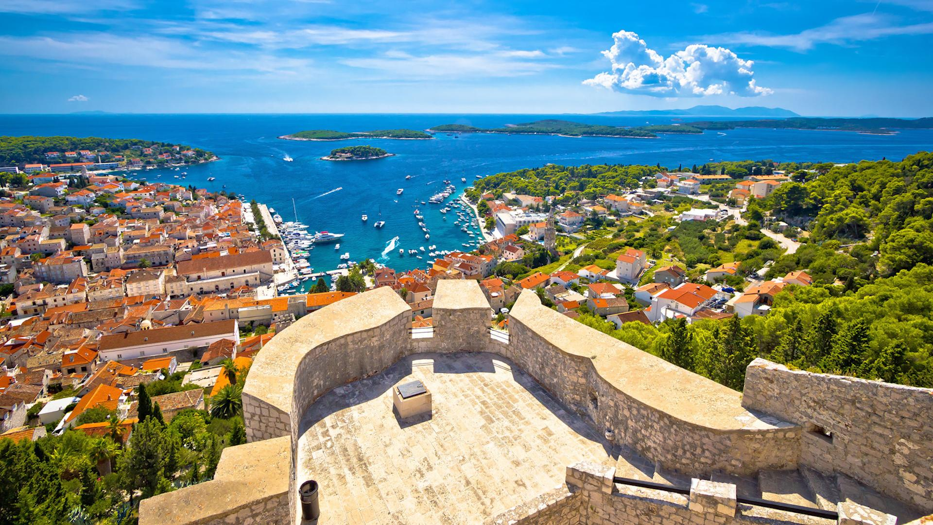 Plan your perfect Croatian island-hopping adventure