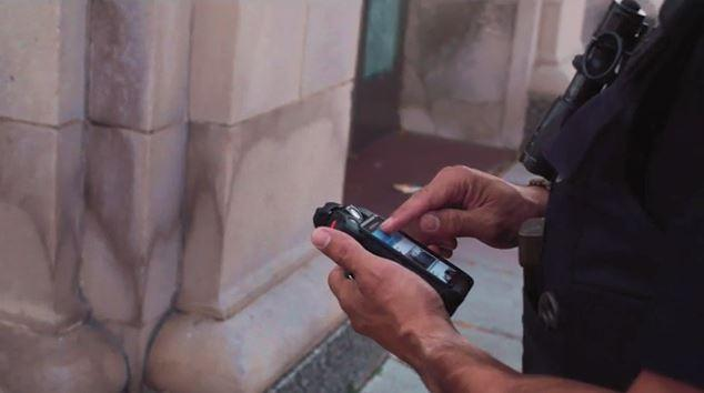 User Interface: Interacting With the Si500 Police Body Camera